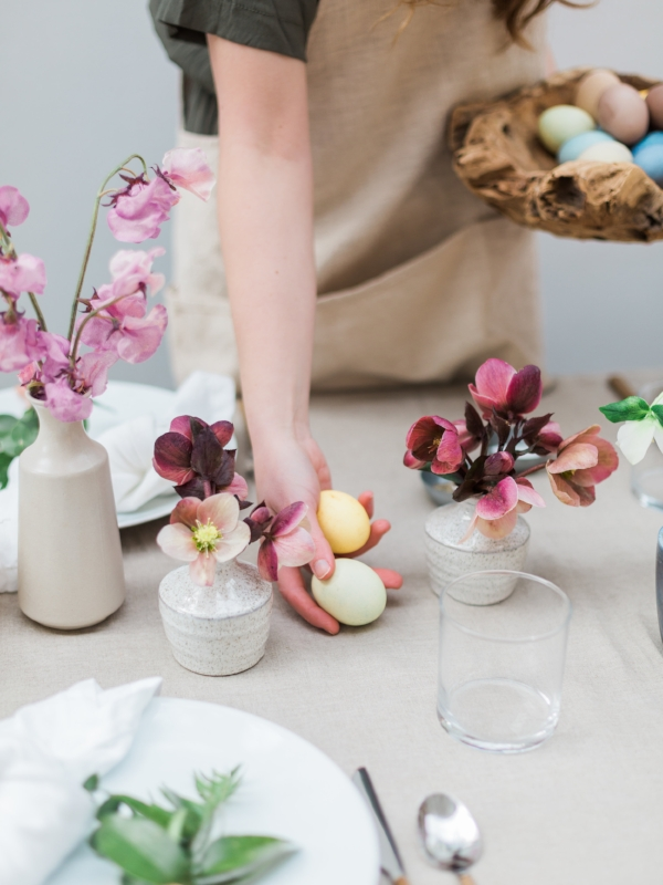 Easter brunch table decor with natural dyed Easter eggs via Foraged Home