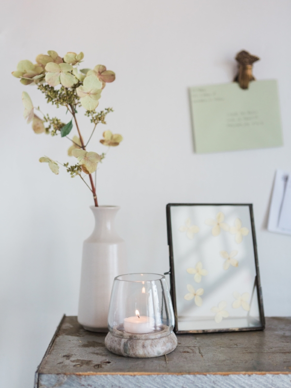Entryway decor for your home with minimalist vibes at Foraged Home
