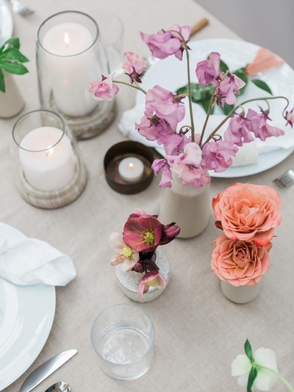 Table decor and centerpiece ideas for spring garden party via Foraged Home