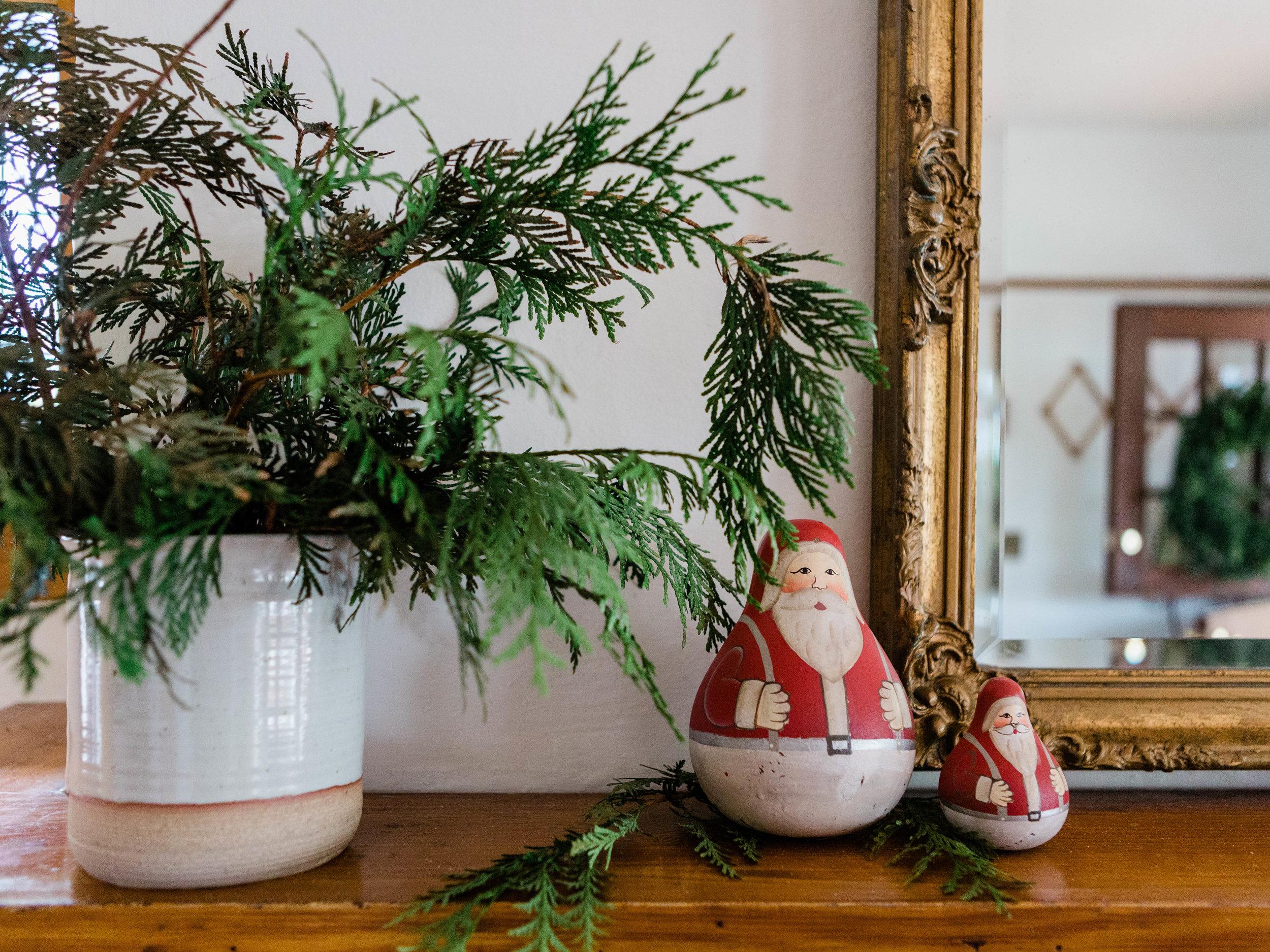Ceramic utensil jar    Hand painted Santa
