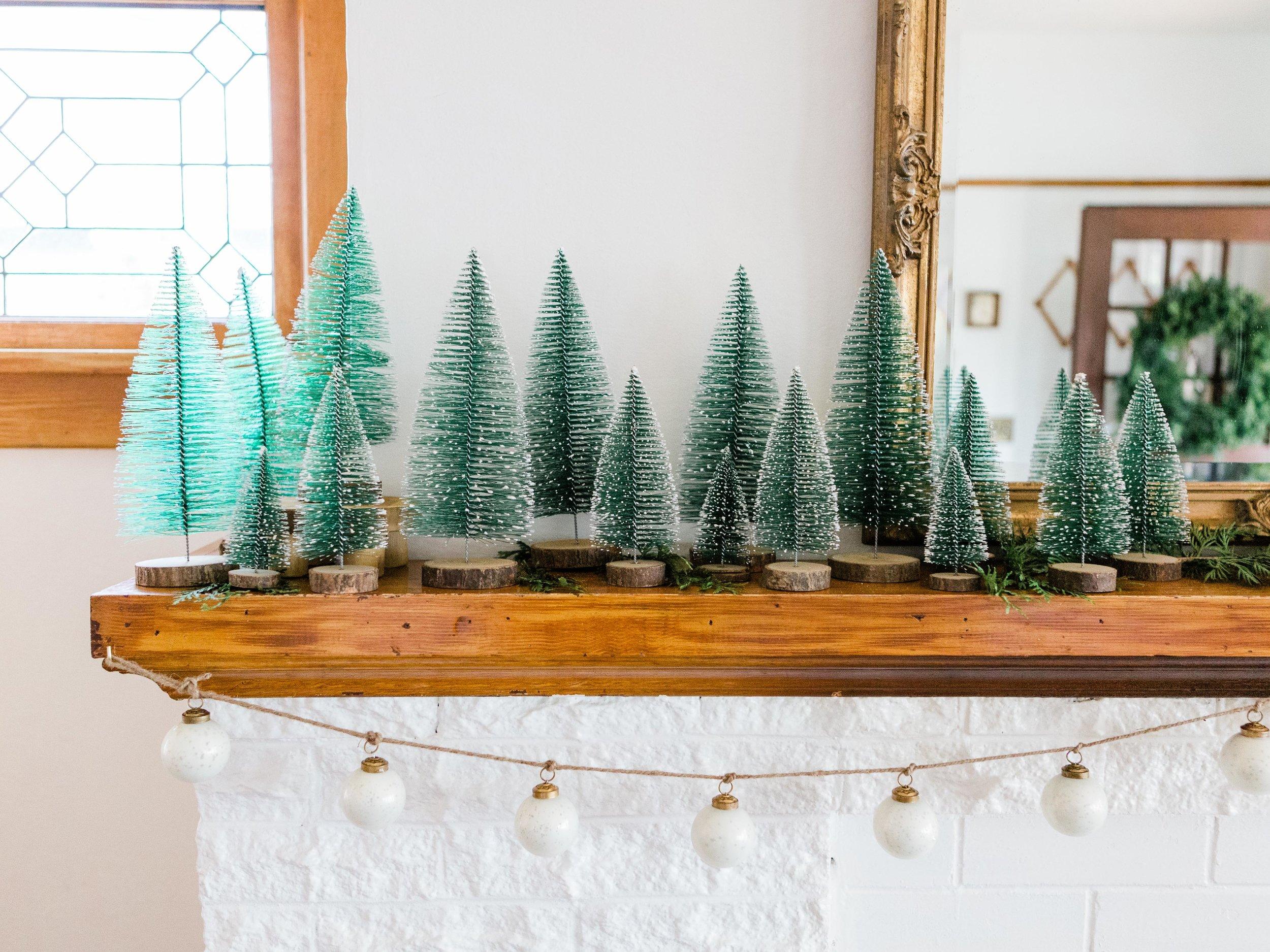 Bottle brush tree    Milky glass ornament garland