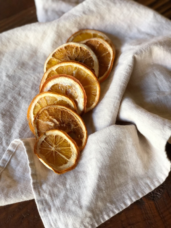 How to oven dry orange slices. An easy and simple craft for the holidays, or really any time of year from Foragedhome.com