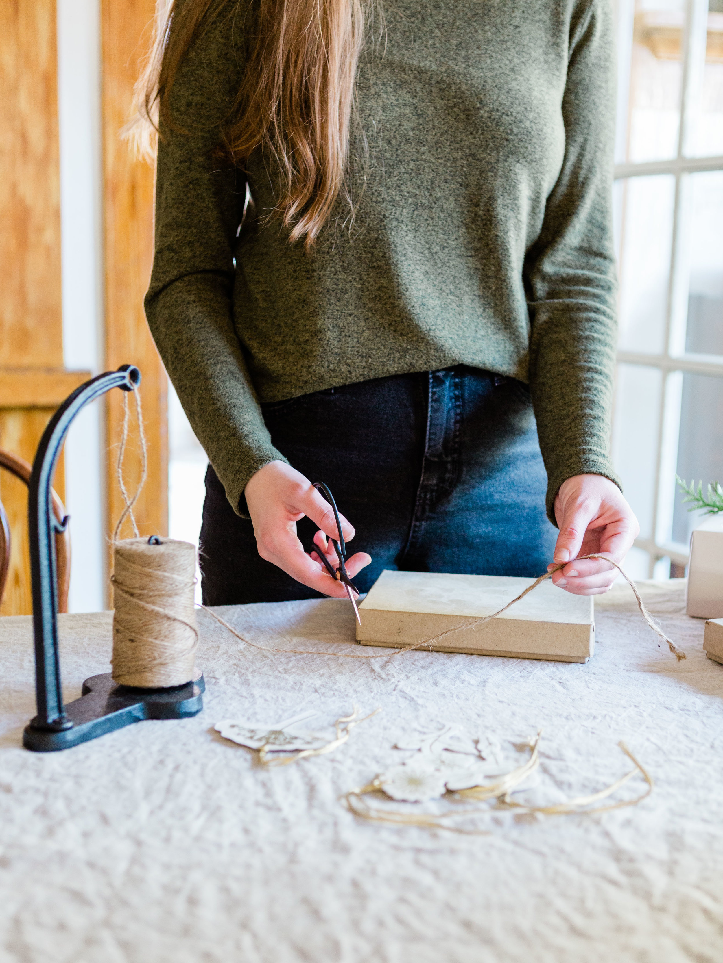 Simple and minimal gift wrapping ideas from Foraged Home