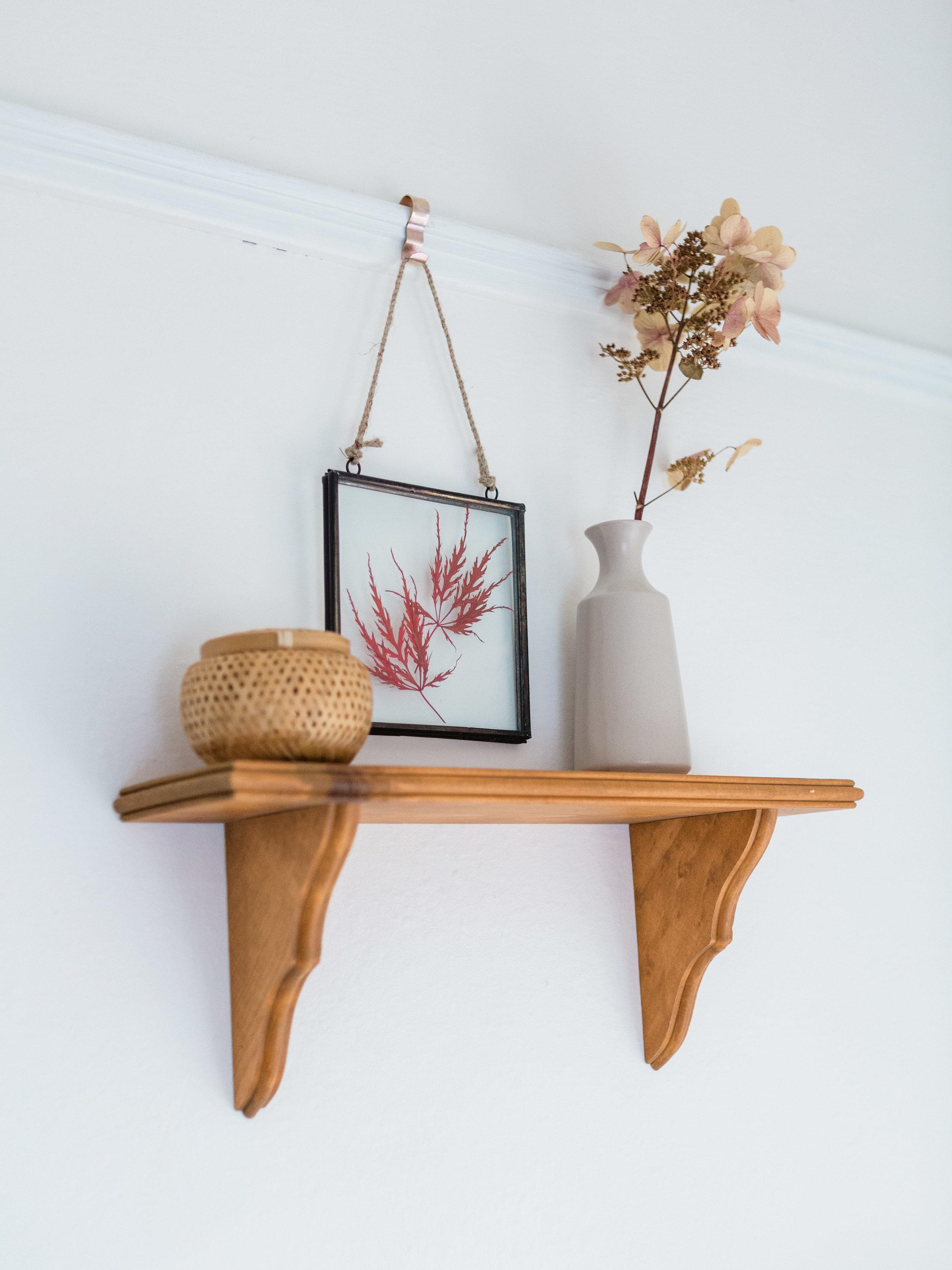 simple shelf decor ideas from foragedhome.com