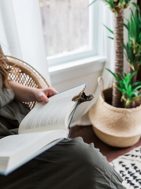 Spring Reading List, 5 best books to read this spring from Foragedhome.com