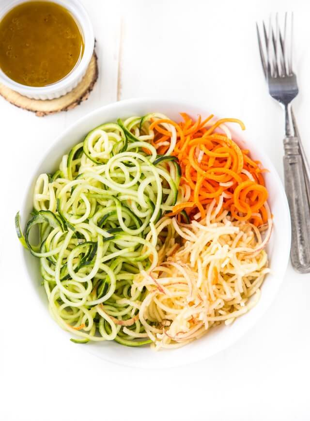 Vegetable-Zoodle-Salad-640x869.jpg
