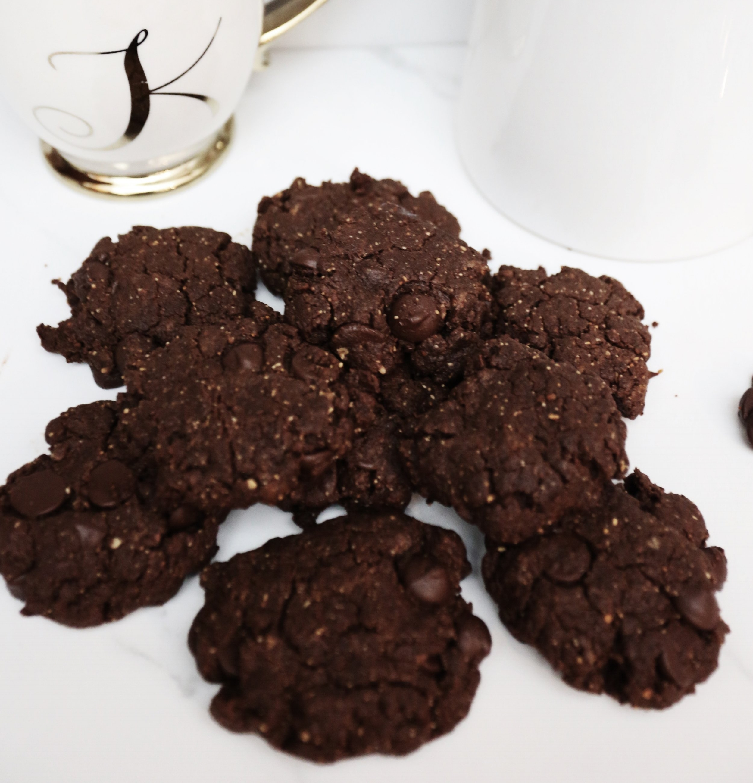 easy gluten free, vegan & paleo cookie recipe