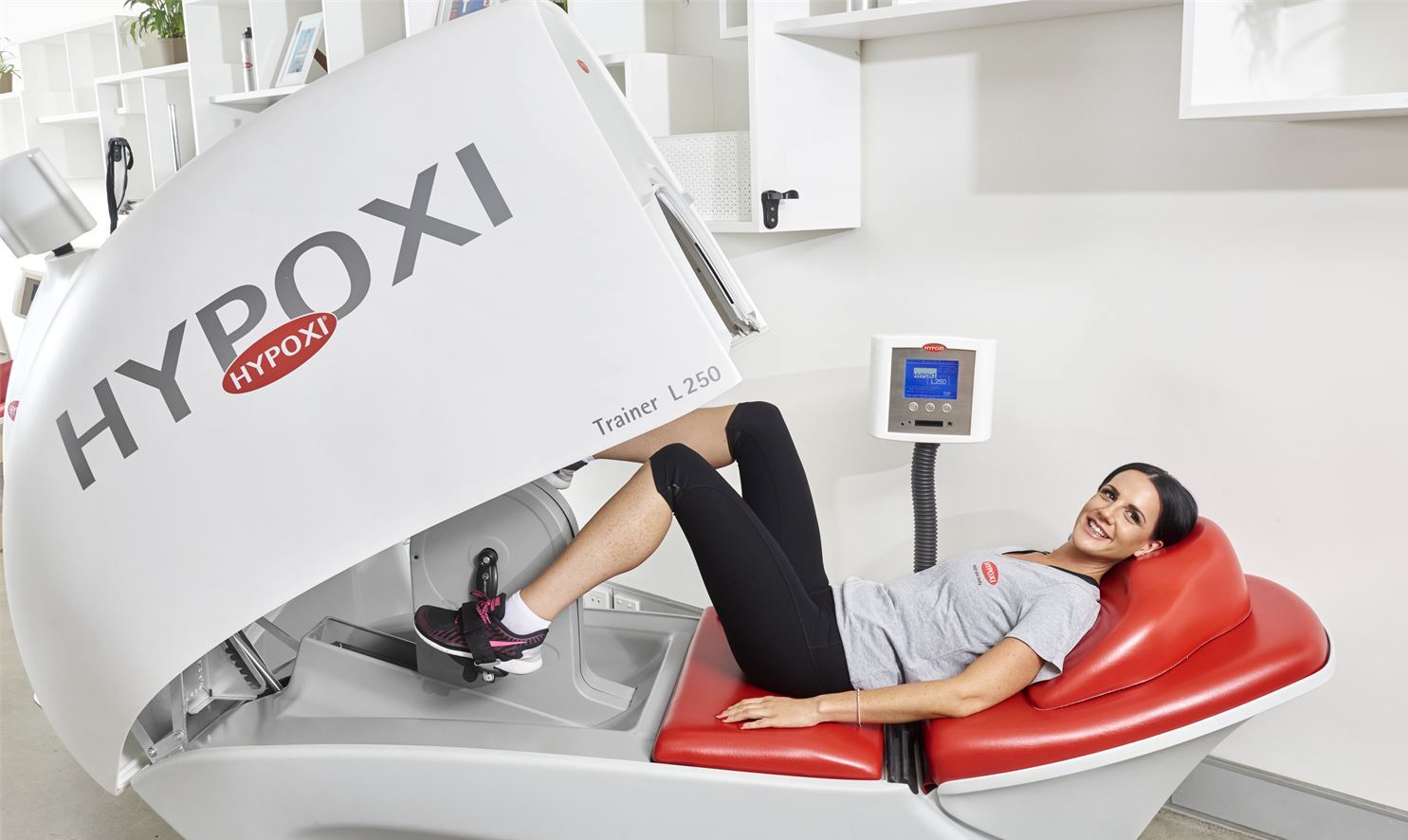 2679_56662_hypoxi-weight-loss-willagee-weight-loss-weight-the-hypoxi-l250-is-like-a-cycle-machine-from-the-future_xl.jpg