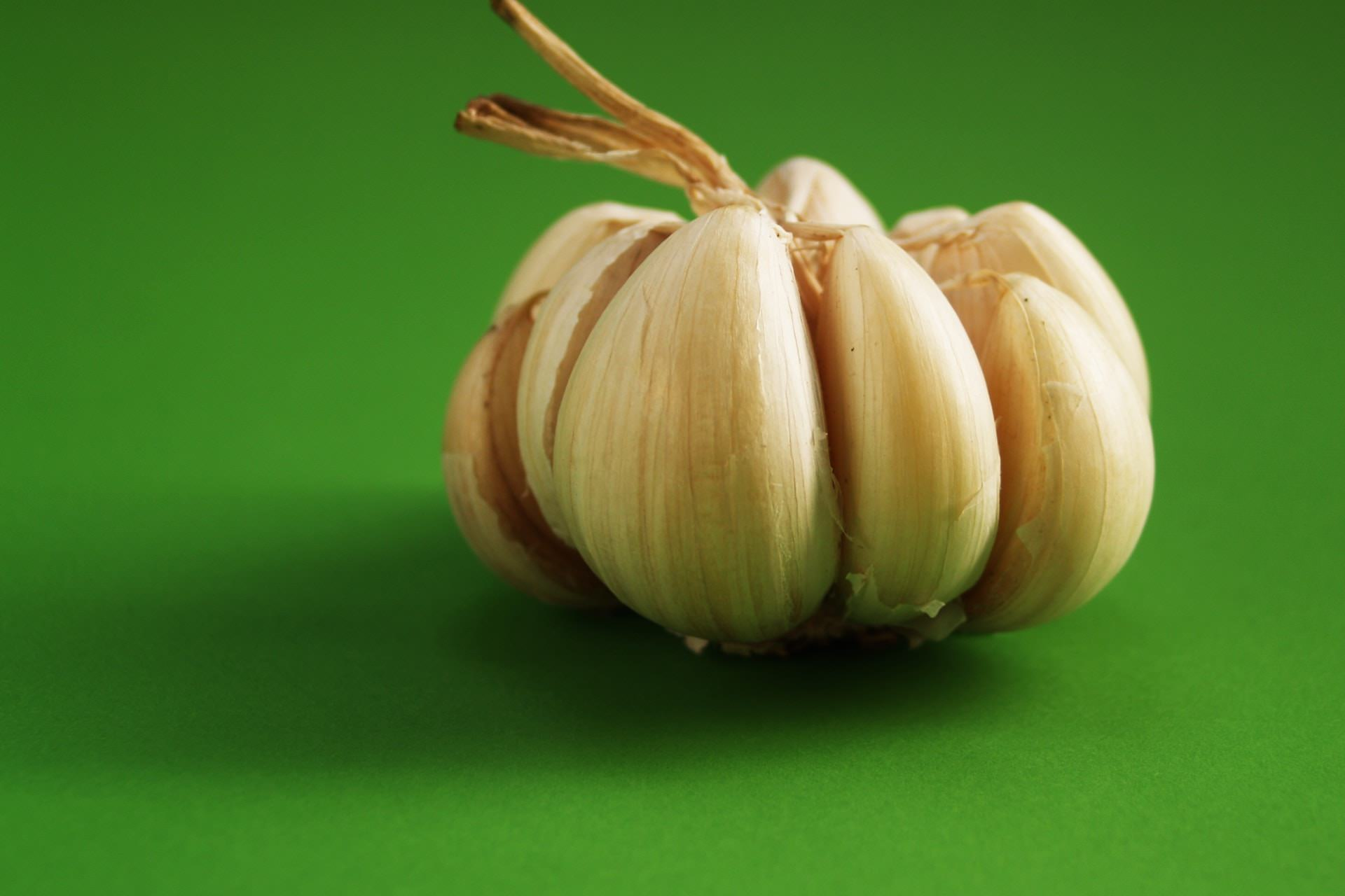 peeled garlic bulb healthy diet stock
