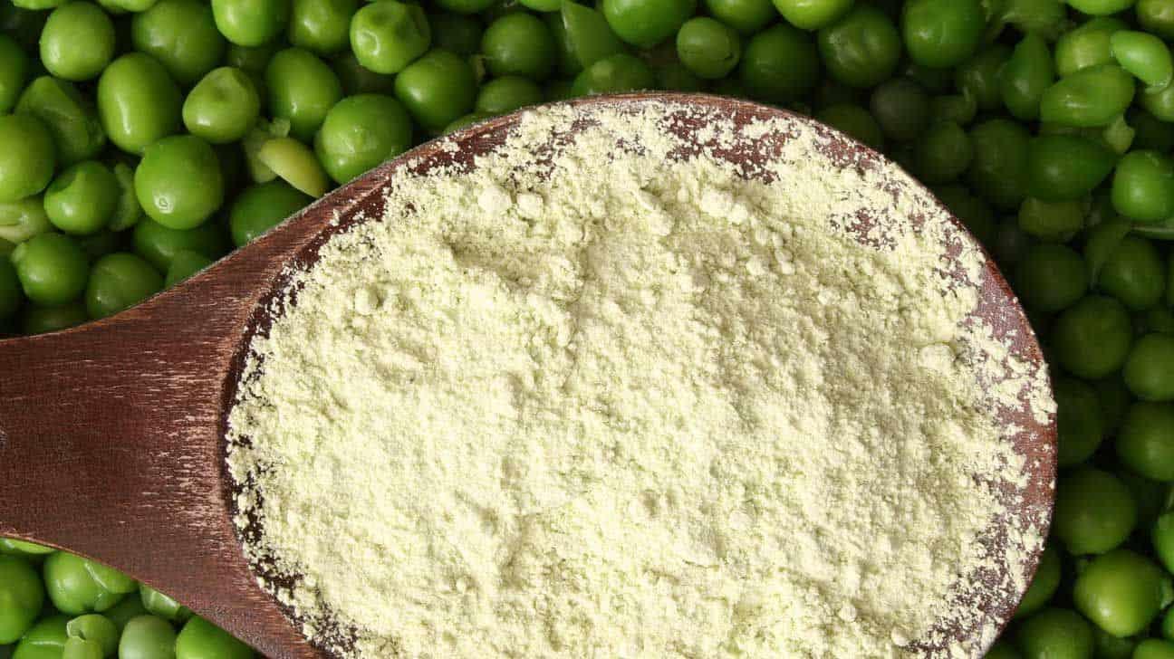 peas pea protein powder wooden spoon