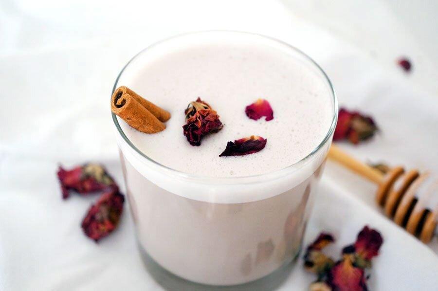 cinnamon white chai tea latte cup