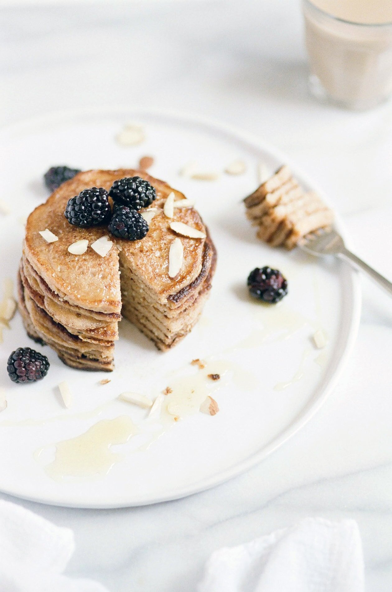 healthy protein pancakes with oats and whey protein powder