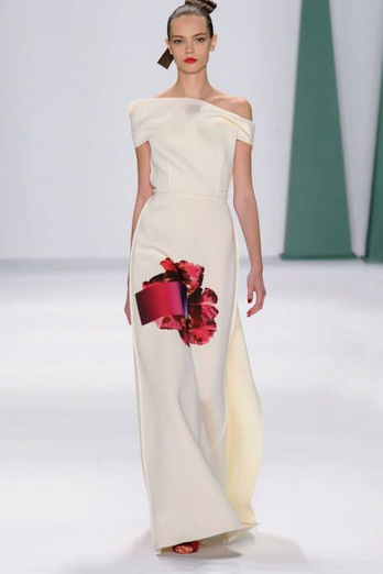 All the NYFW looks and shows we discussed in episode 28 are on  Pinterest , wooo! In the meantime, above please enjoy the vag dress from Carolina Herrera.