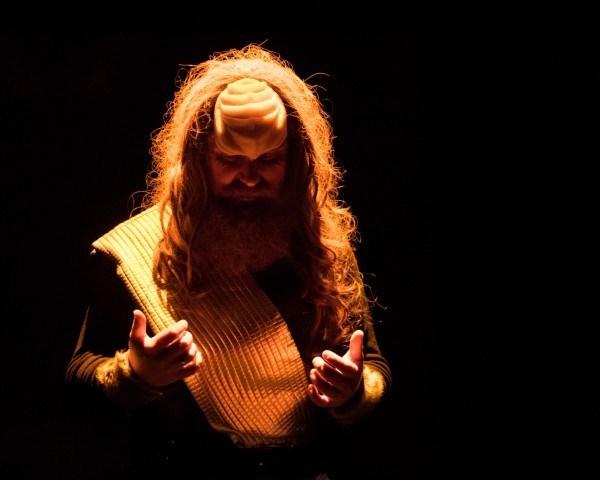 Klingon-Christmas-Carol-.jpg