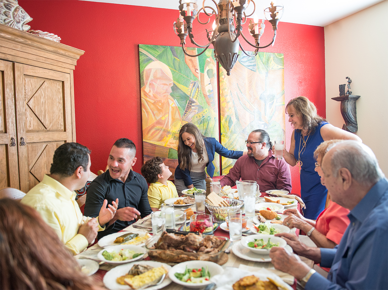 Website–Family Dinner.jpg