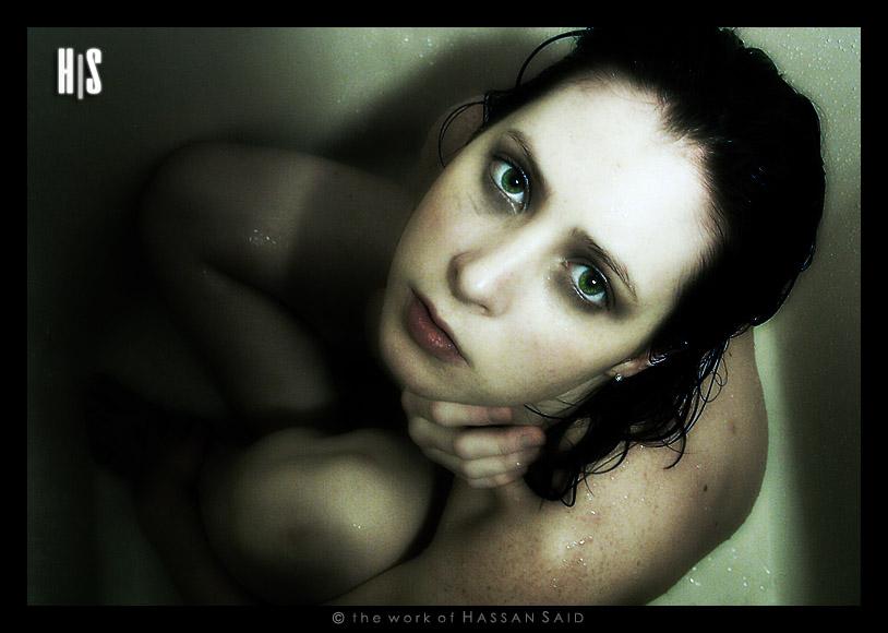 alone_in_the_shower___by_anaelmasri.jpg