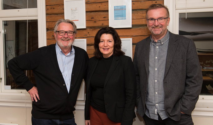 Fra venstre: Daglig leder Michel Esnault, styreleder Hanne-Lisbet Løite og styremedlem Tor Kristian Johansen.