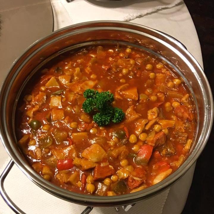 Yaya Lola's famous callos in rich, hearty tomato soup broth