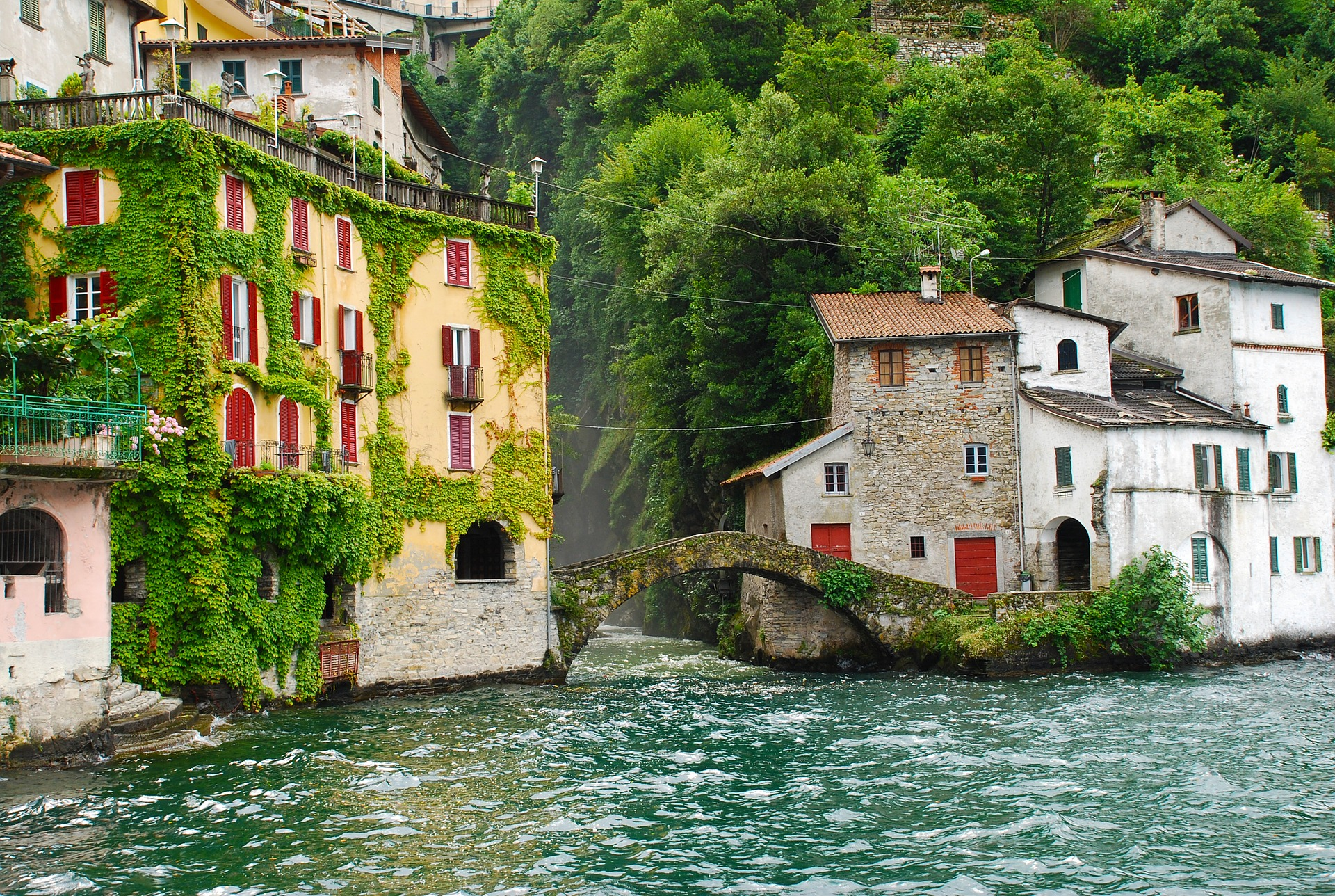 The Romance of the Italian Lakes - Roam amongst the Italian countryside surrounded by views of some of the world's most picturesque lakes. Both Lake Maggiore and Lake Como in Italy truly resonate with romanticism.29 September 2018 - 9 October 2018 from £1,425 per person.