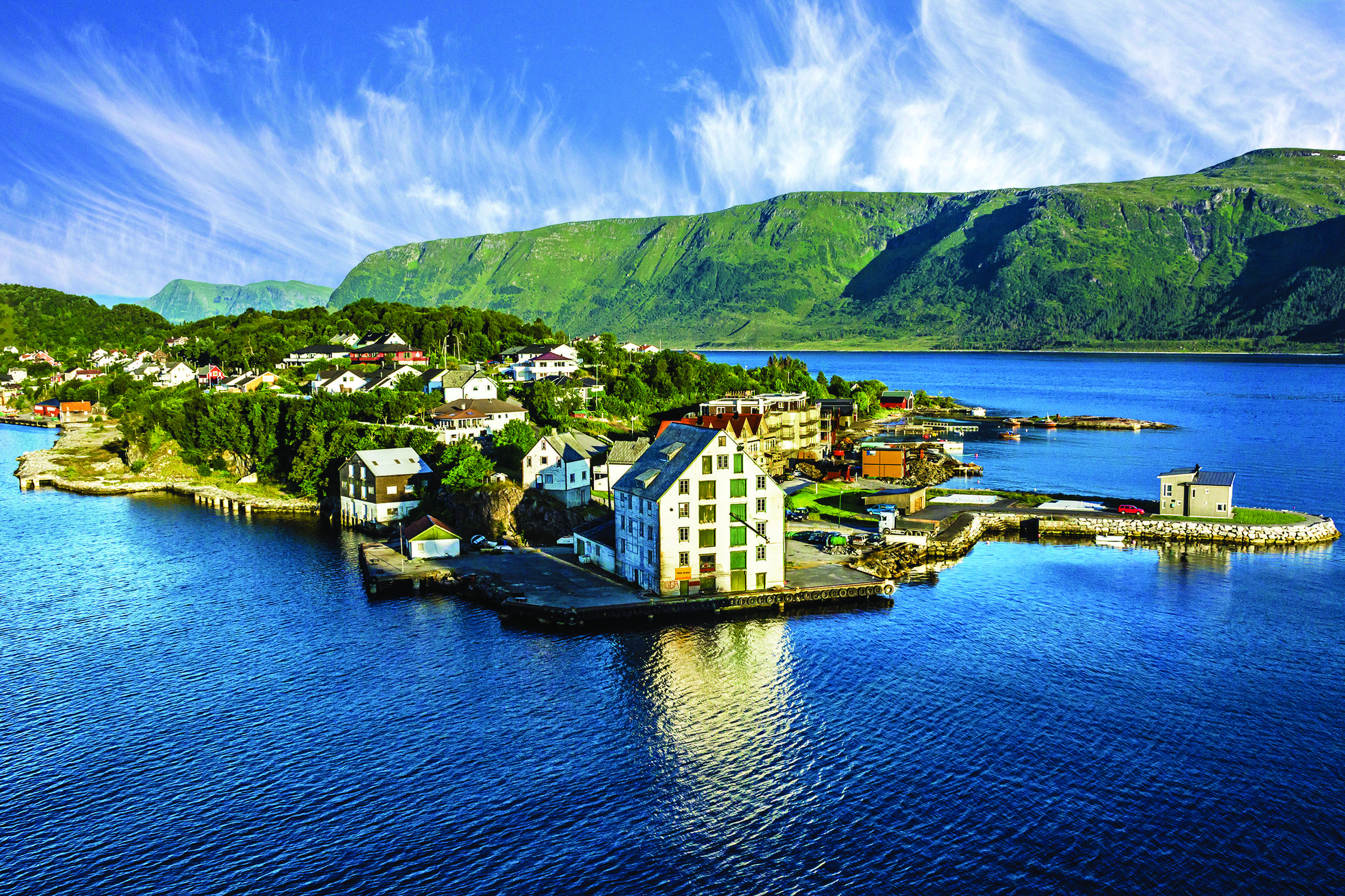 Greenland, Iceland & Norway - Cruise northern oceans and experience natural wonders.