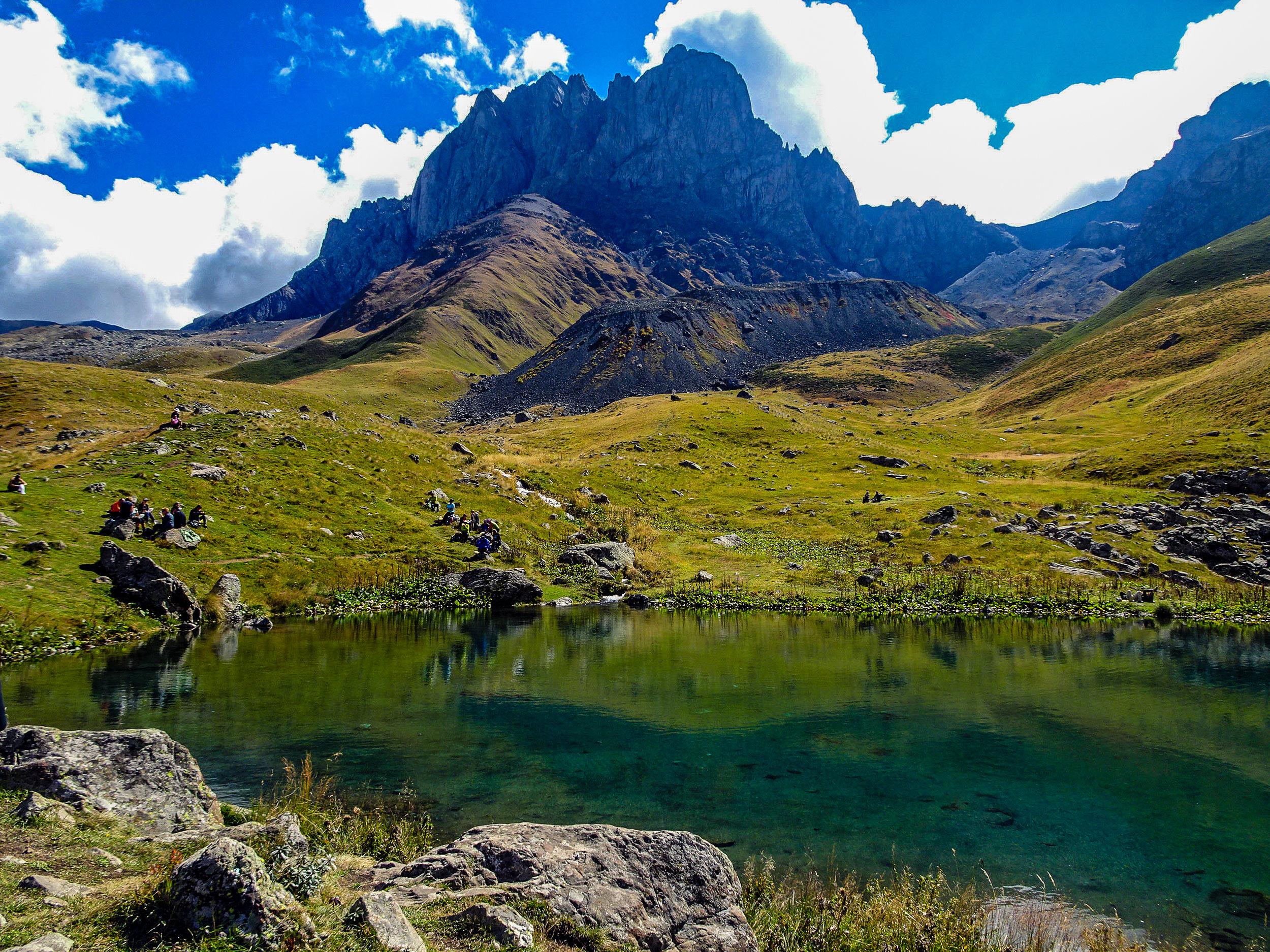 Chaukhi Mountains, Georgia 1.jpg