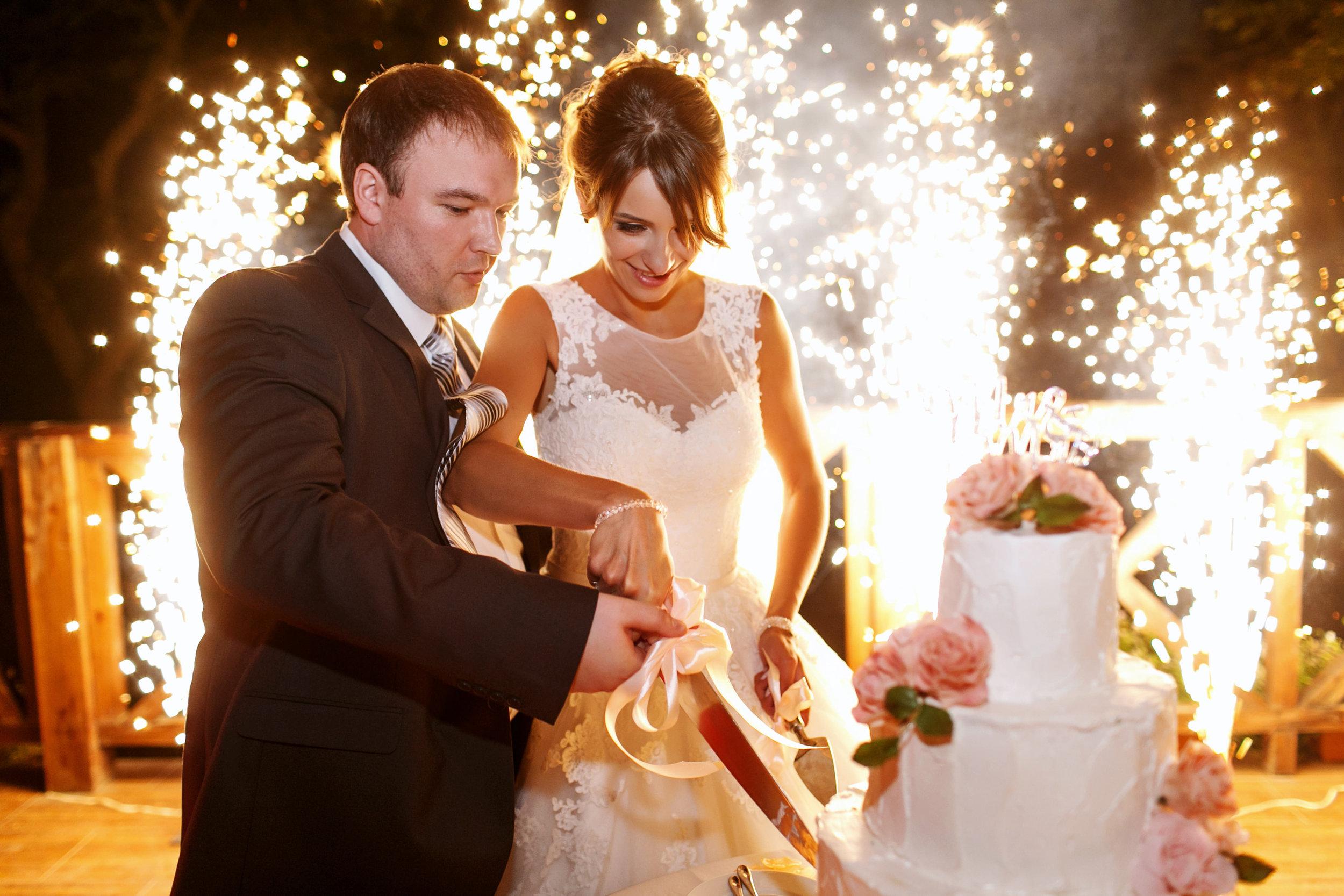 wedding2_379973896.jpg