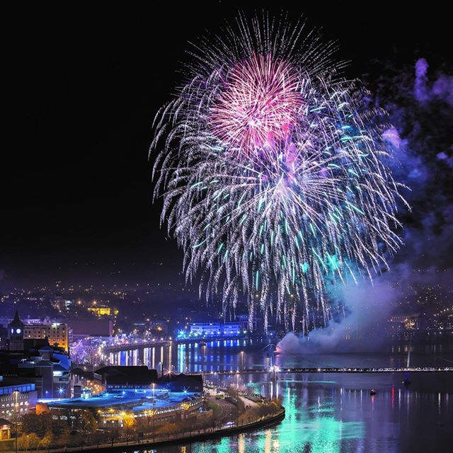 Halloween Firework Display Derry #fireworks #halloween