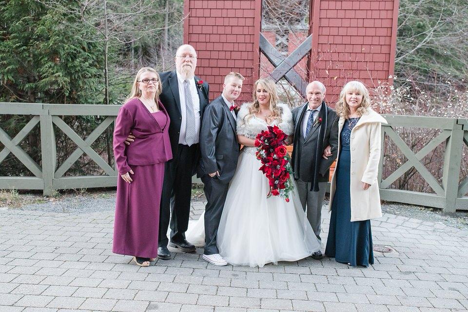 West Midlands Wedding Photographer Lisa Lander Photography winter wedding_0139.jpg