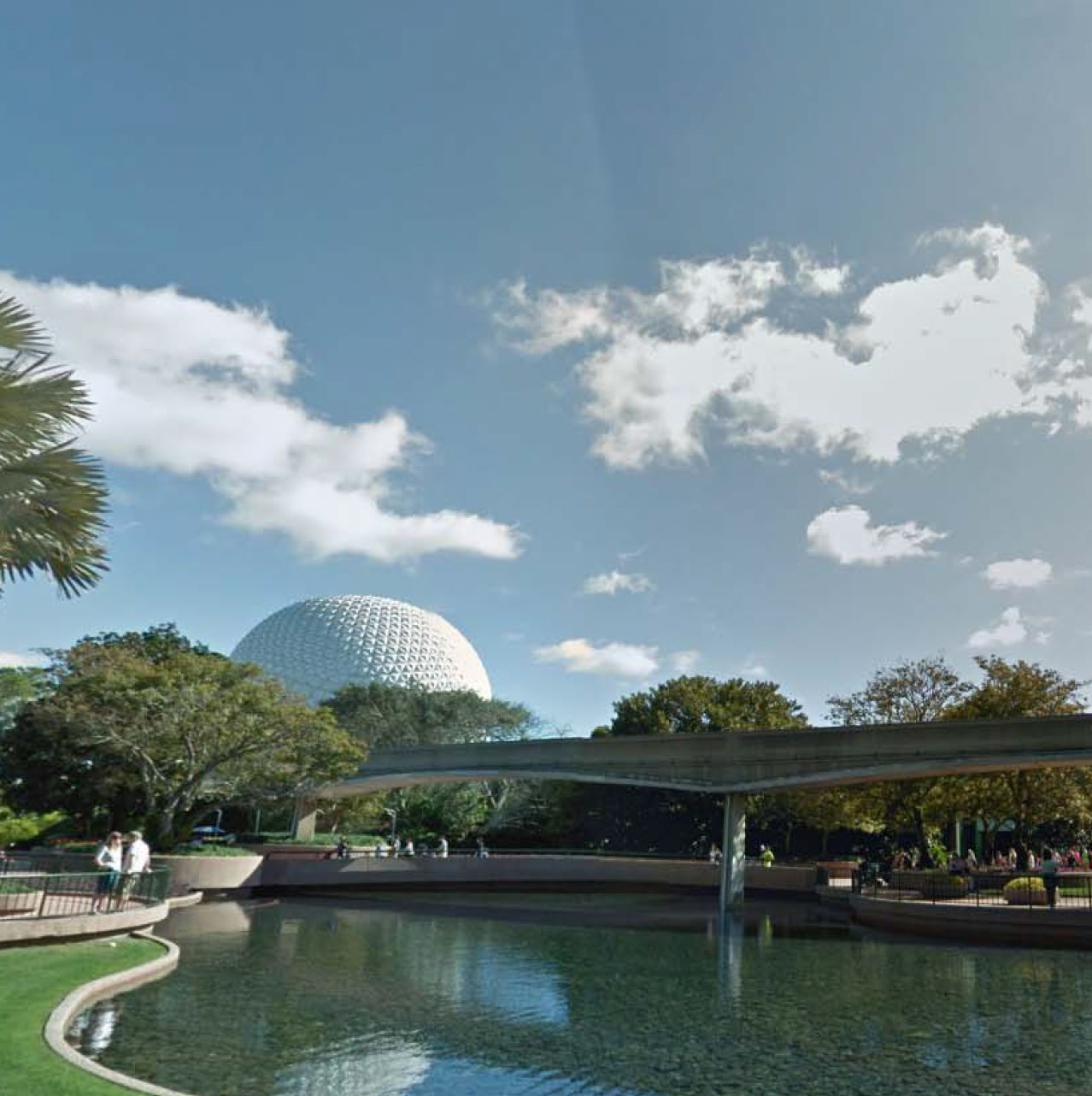 Epcot Lake Water & Fireworks Display - Location: Epcot Center - Orlando, FLDesign Firm: WET DESIGN
