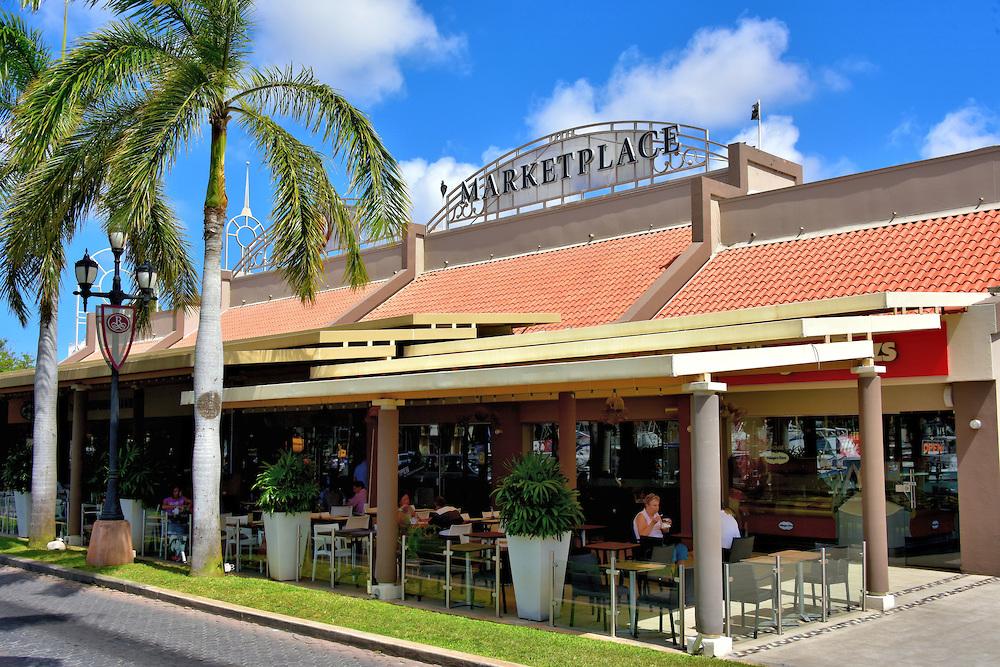 Renaissance Marketplace - Adres:Lloyd G. Smith Blvd 9, Oranjestad, ArubaOpening hours: 10:00–00:00