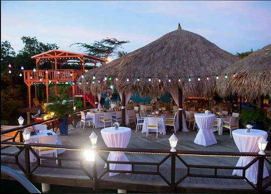 Amuse sunset restaurant Aruba - This amazing restaurant is located on a pier, so technically you can dine on the water. It offers a breathtaking sunset view accompanied by amazing menu.Adres:Bucutiweg 50, Oranjestad, ArubaOpening hours: open daily from 17:00 til 22:30Phone number:+297 586 9949