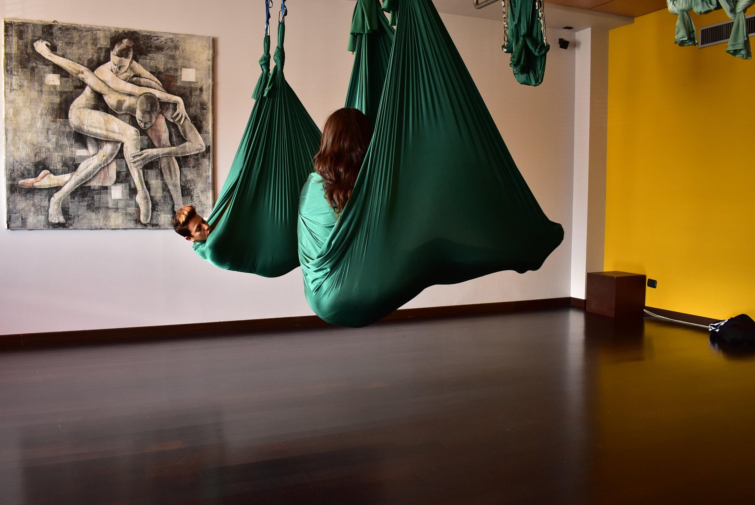 Yoga in volo milano.JPG