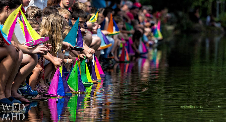 Start line for the Redd's Pond model boat regatta