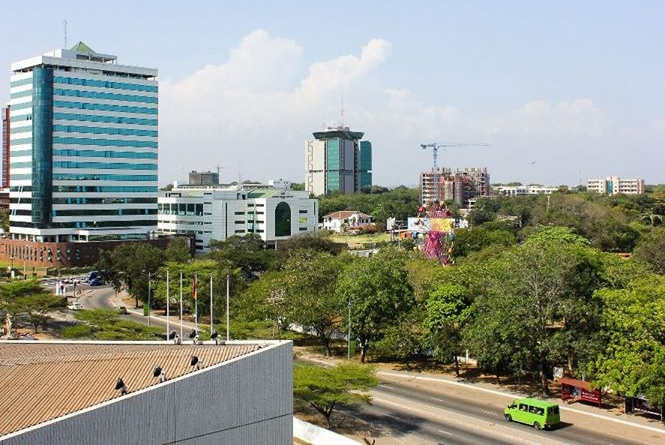 Accra is a beautiful city, said to be one of the most beautiful cities in all of Africa. It has many attractions including museums, a National Theater, historic sites, nightclubs, thriving businesses and resorts near lovely beaches. (Photo credit: Jacob West)