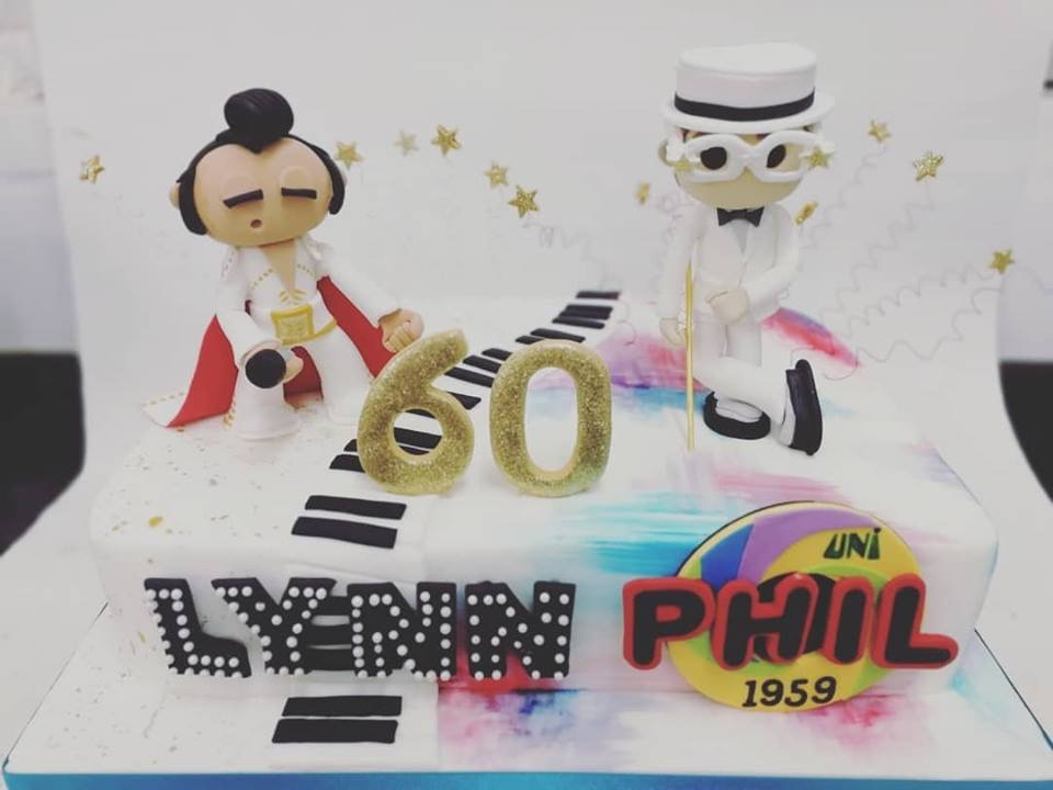 Elvis and Elton on one cake!