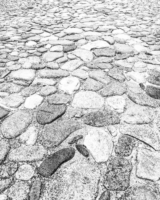 Cobblestone Roads . #history #integrity #philly #photo #photography #blackandwhite #blackandwhitephotography #lovely  #adventure