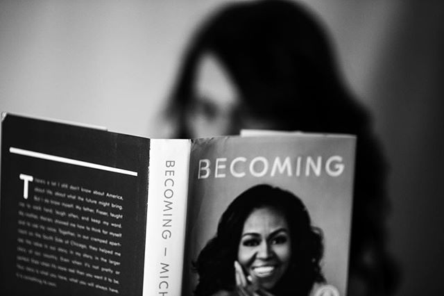 Still reading ... . #poetry #life #truth #photography #selfportraits #blackandwhite #blackandwhitephotography #dc #obama #firstclass