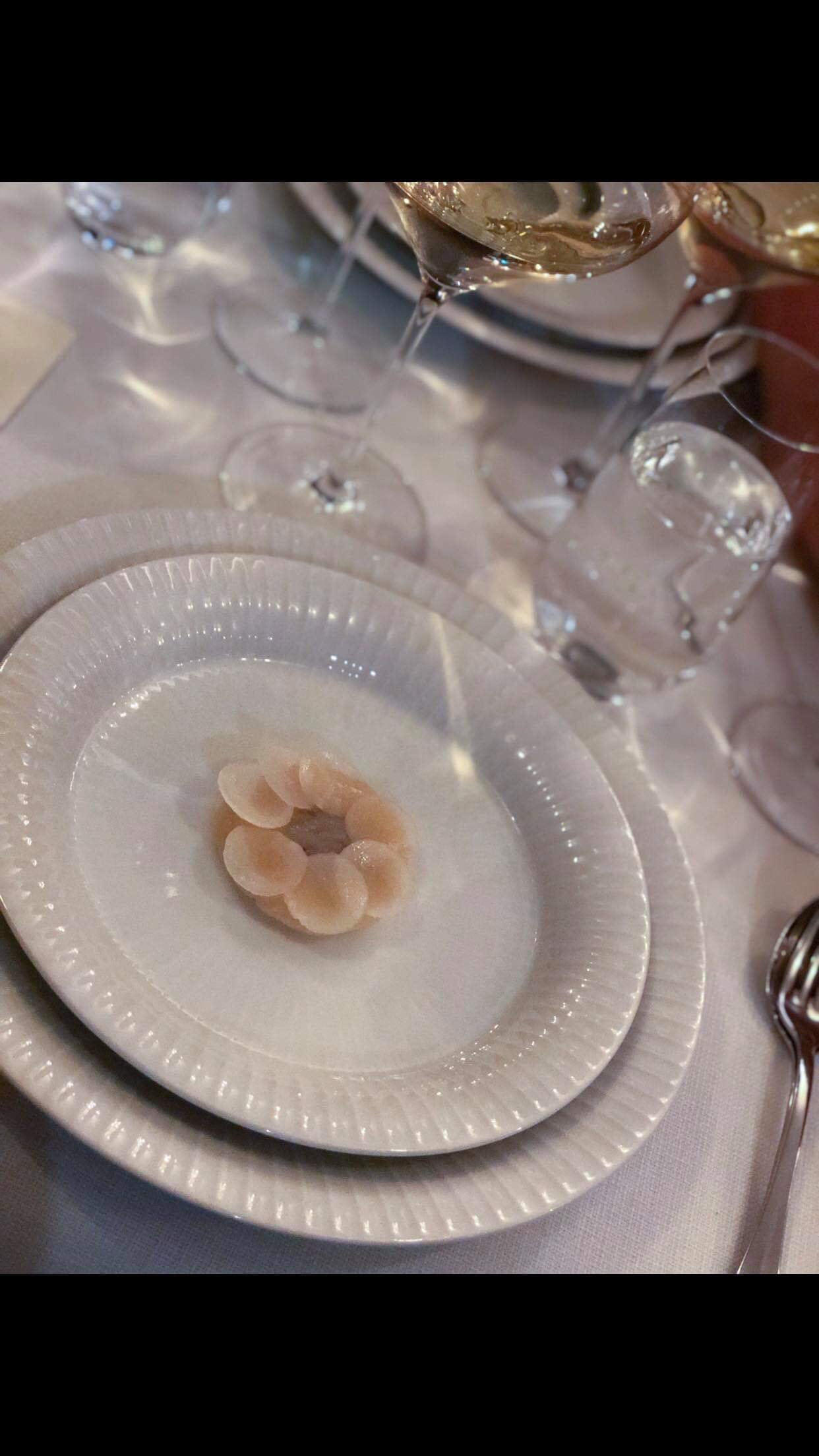 Hand picked scallops, Jerusalem, artichokes and truffle