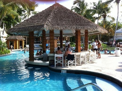 El San Juan pool bar