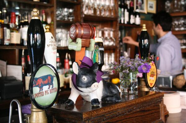 The Spotted Pig bar