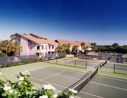 Colony Beach & Tennis Resort courts