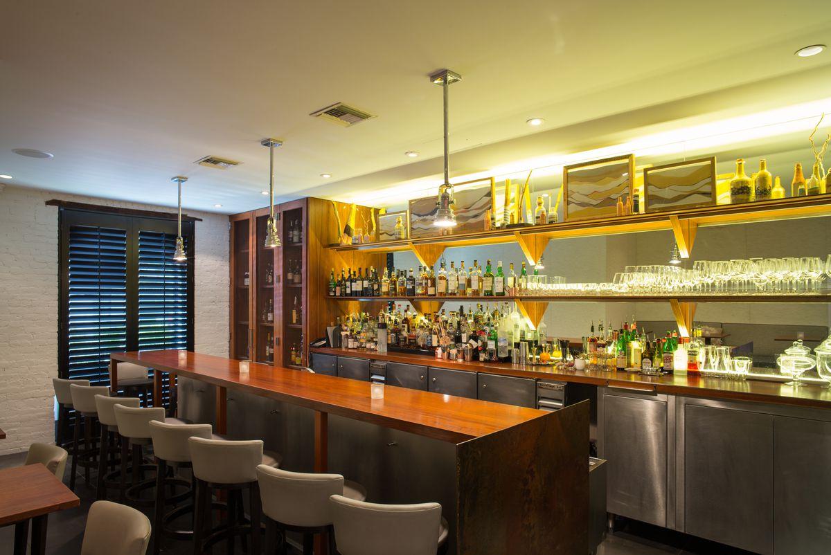 dovetail bar.jpg