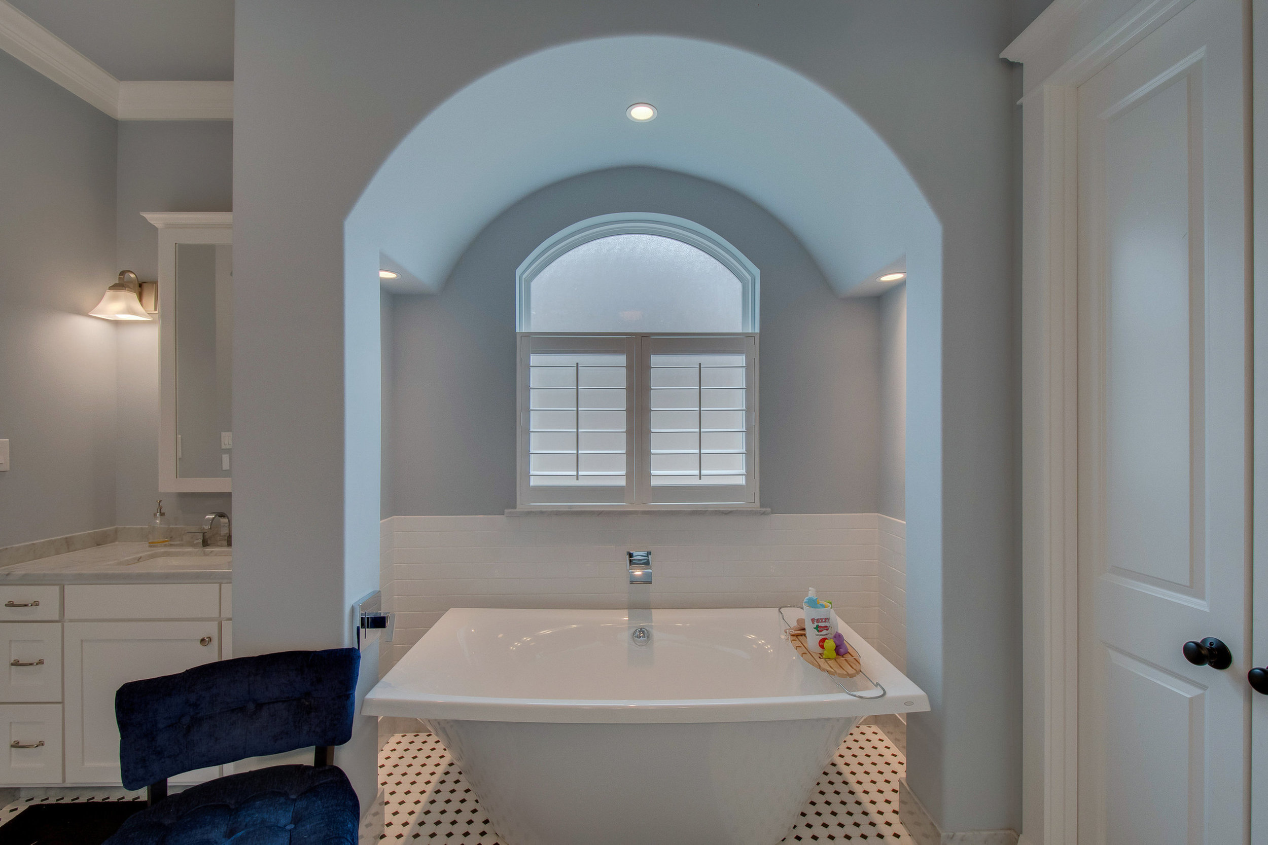 Custom bathroom design DFW