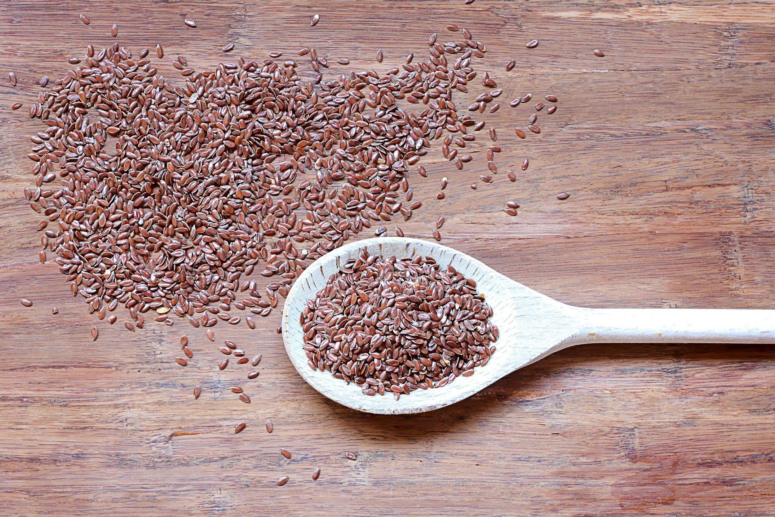 flax-seeds-in-wooden-spoon.jpg