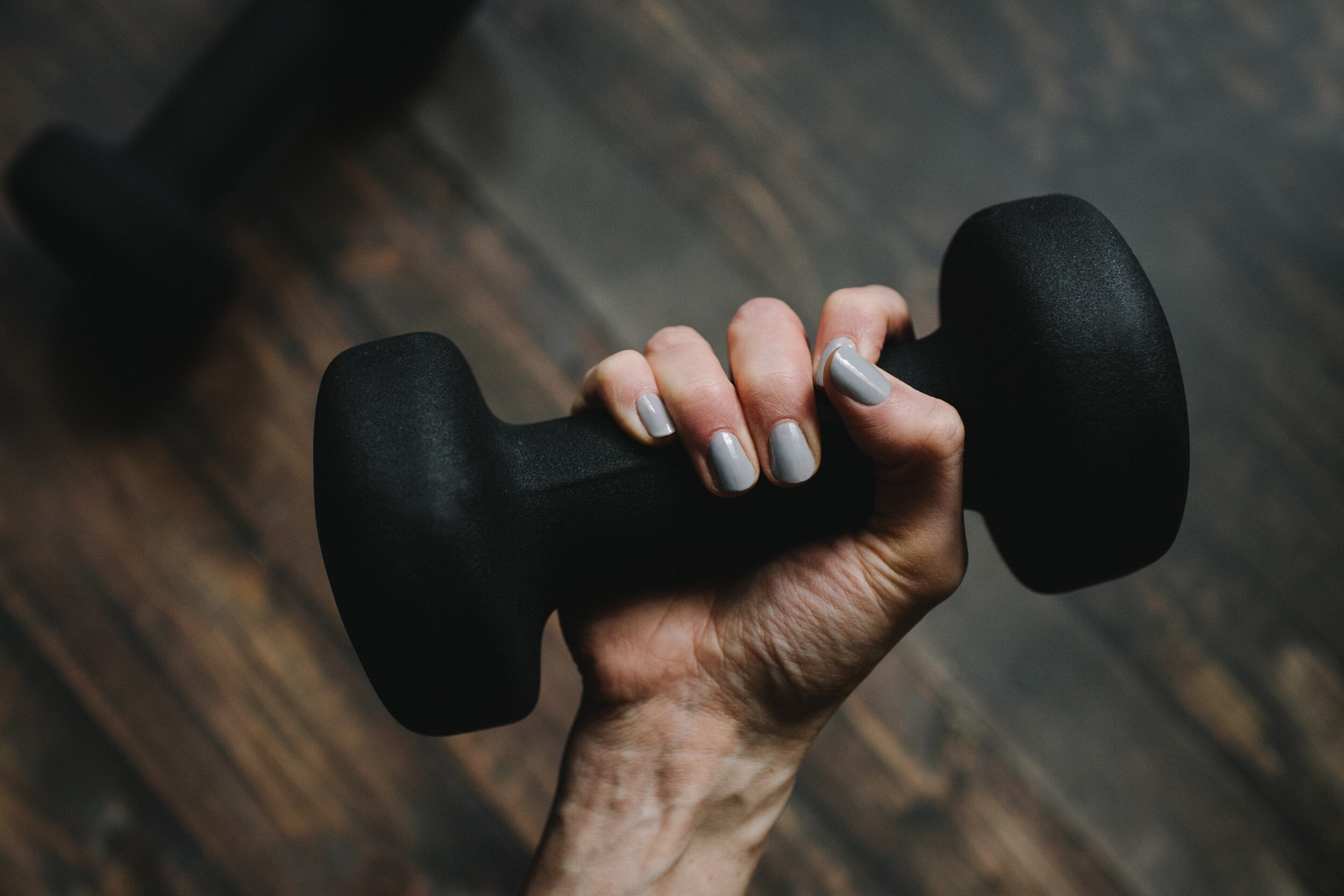 Lifting weights is one key for burning more calories and boosting bone health