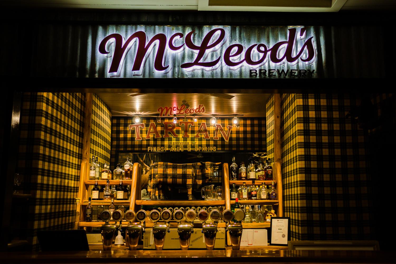 McLeods-06460.jpg