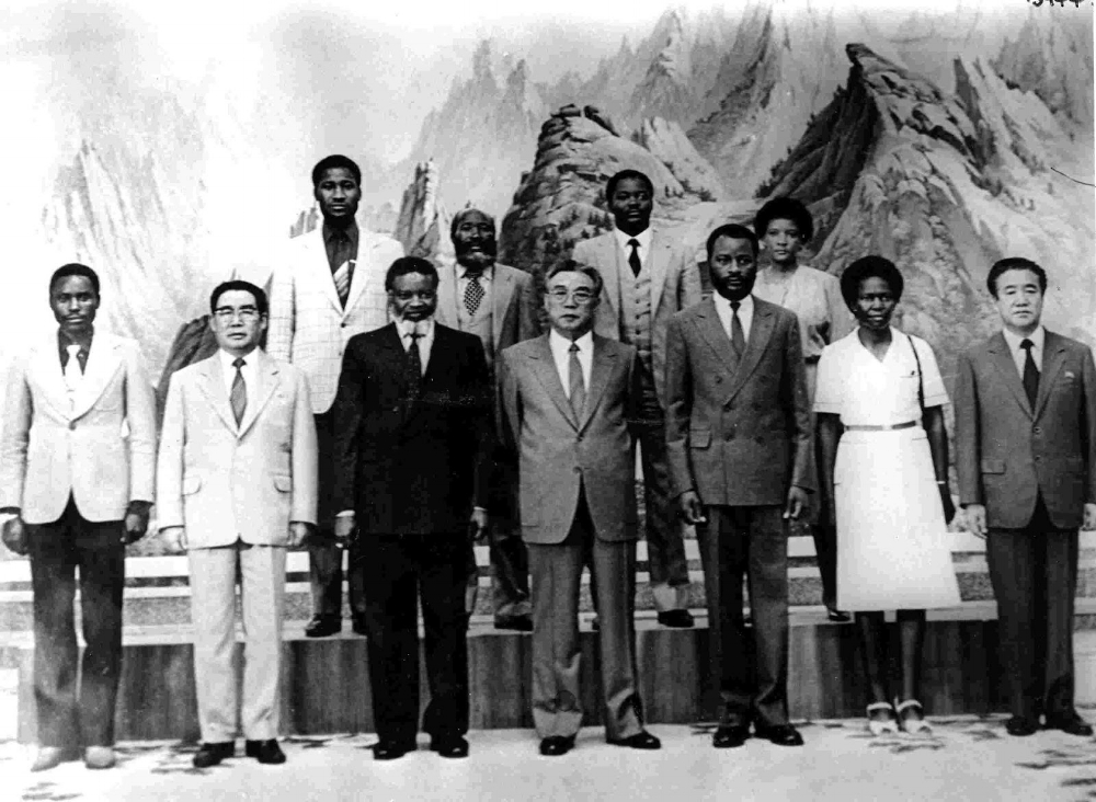 Kim Il Sung meets Namibia's SWAPO (independence group & later government) delegation