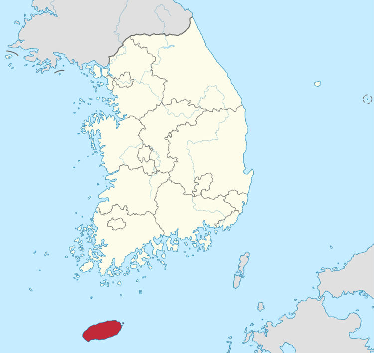 Jeju Island (in red) is situated to the south of the Korean mainland, and west of Japan |  WIKIMEDIA COMMONS