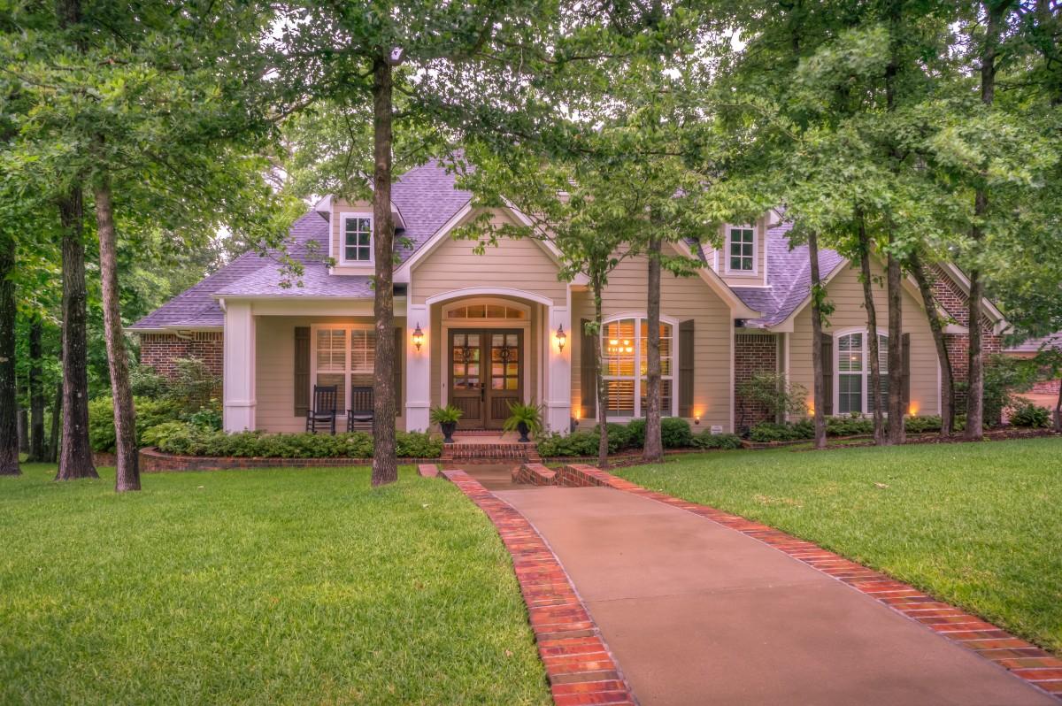 exterior_home_walkway_home_exterior_house_luxury_homes_exterior_residential_luxury_home_exterior-1188837.jpg