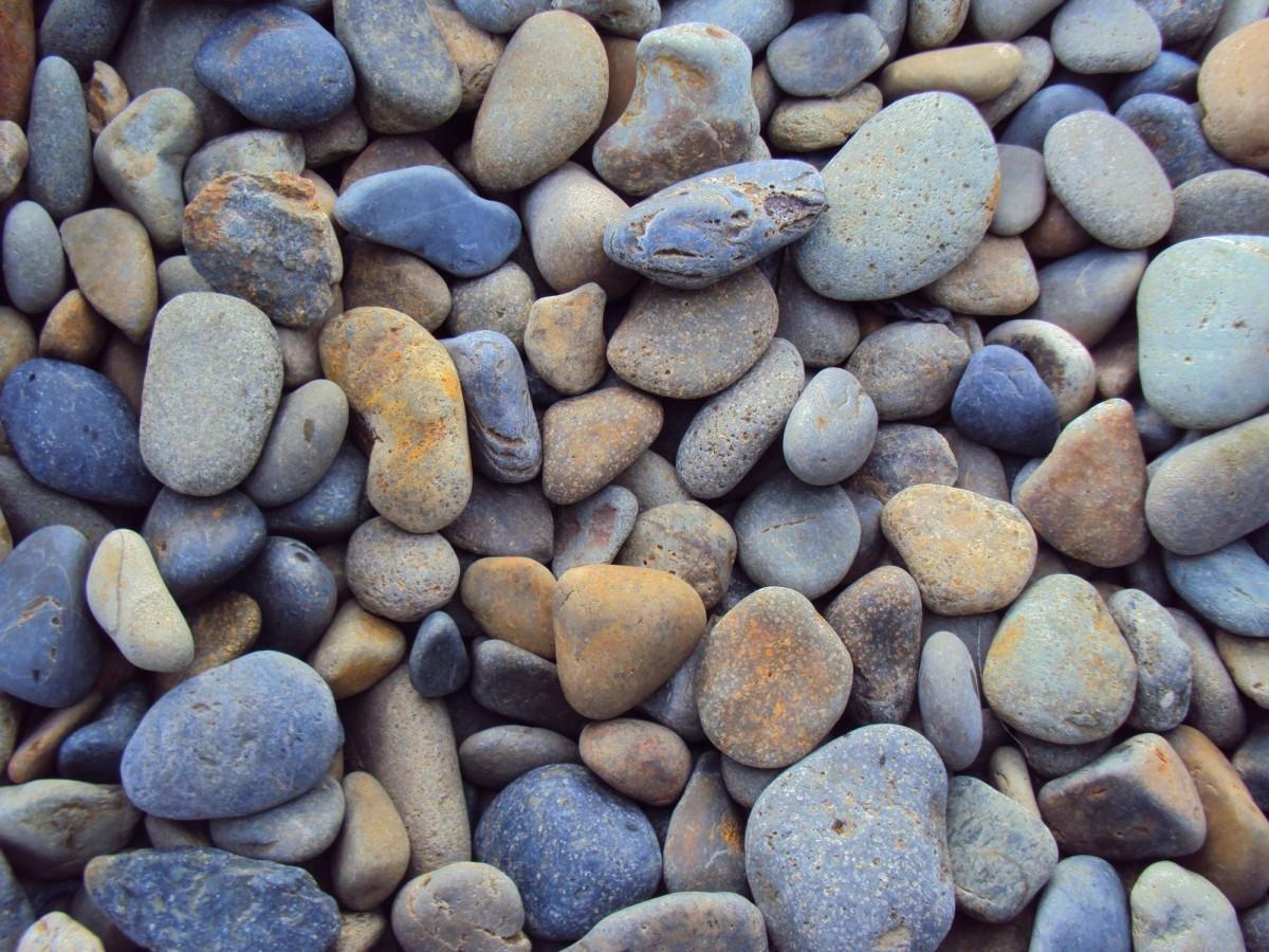 pebbles_stones_rocks_landscaping_texture_outdoors_natural_worn-613337.jpg